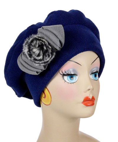 Polar Fleece & Fur Bow in Gray on Navy Beret