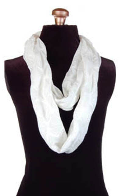 Infinity Scarf in Fan Dance in Cloud