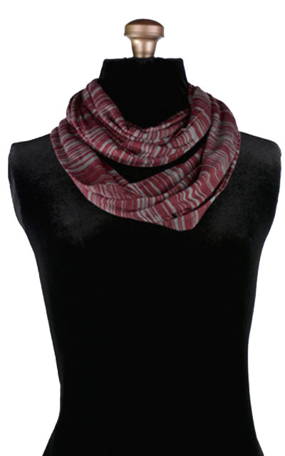 Infinity Scarf in Heatwaves in Wildfire
