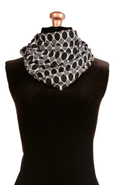 Infinity Scarf in Reeds