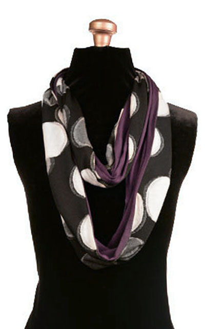 Infinity Scarf in Puddle with Plum Pudding